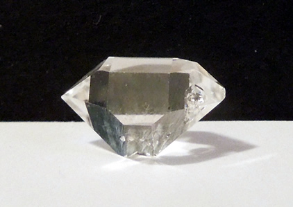 Crystal weighs almost 8 ct.