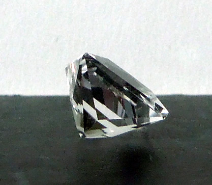 Side view 2.69 ct. princess cut gemstone.