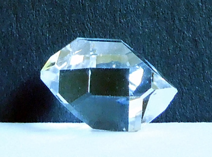 Natural double terminated quartz crystal